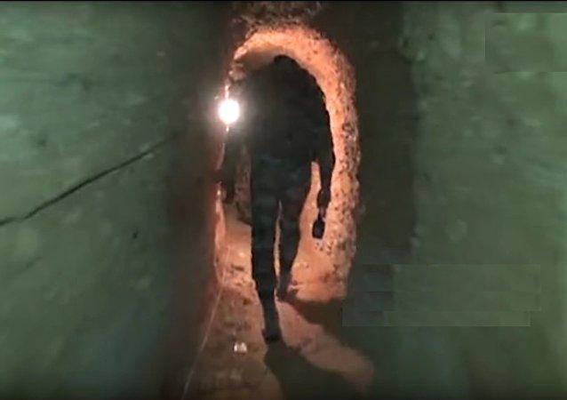 Un tunnel des terroristes dans une banlieue de Damas