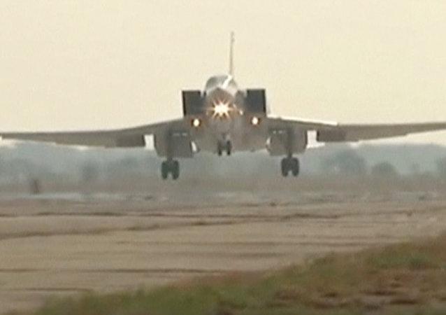 Tu-22M3 sur la base aérienne d'Hamadan en Iran