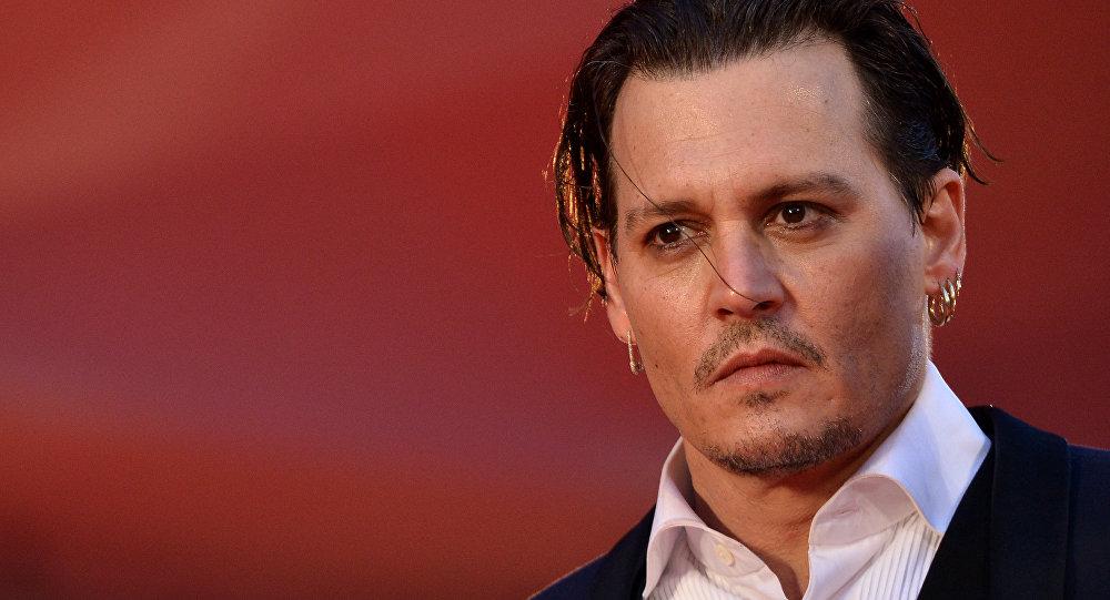 L'acteur dérape et crée un scandale — Johnny Depp