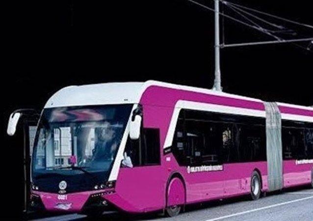 Un trambus pour les femmes