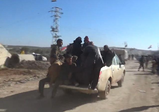 Plus de 10 000 personnes ont quitté Alep