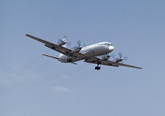 Un avion avec 39 personnes à son bord atterrit en catastrophe en Sibérie