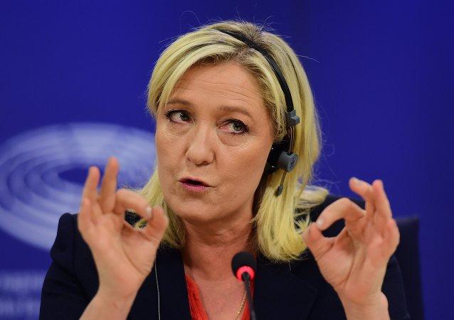 Marine Le Pen toujours en tête au premier tour, selon les derniers sondages