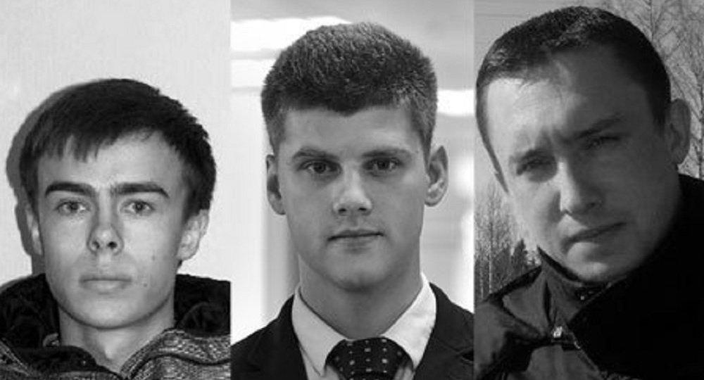 Journalistes de la chaîne de télévision russe Zvezda: Valéri Rjevski, Pavel Oboukhov et Alexander Souranov
