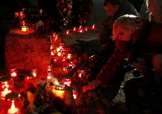 L'émouvant témoignage d'une chaîne russe endeuillée par le crash du Tu-154