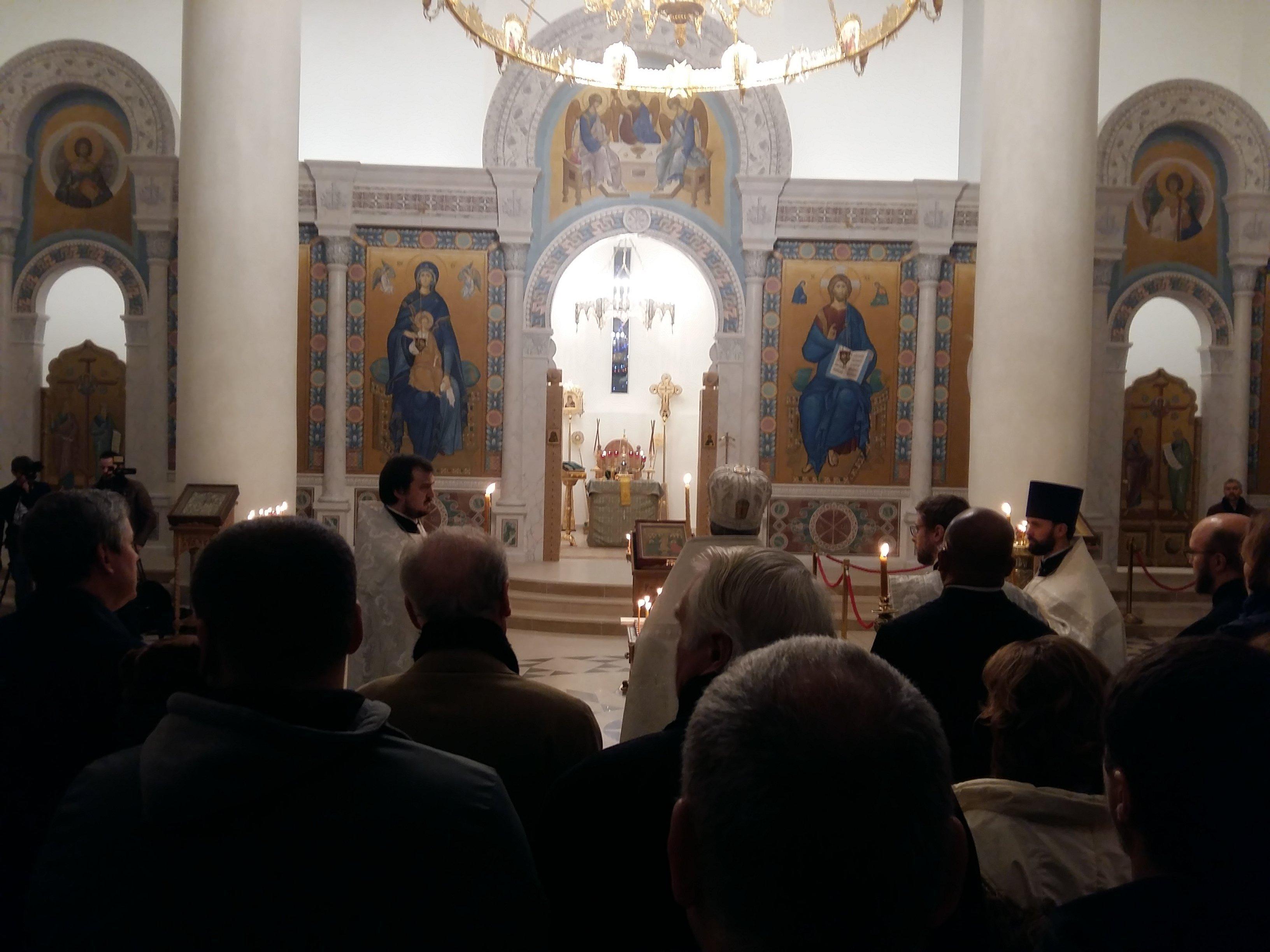 Commémoration pour les victimes du crash du Tu-154 à la cathèdrale de la Sainte-Trinité