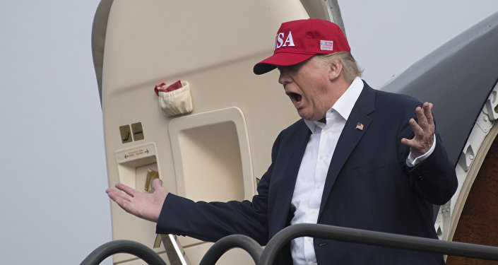 «Construisez l'usine aux USA ou payez!», Trump menace Toyota