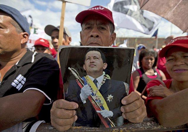Opposition vénézuélienne: destituer Maduro pour en finir avec le chavisme