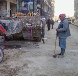 Le nettoyage des rues dans les quartiers d'Alep libérée