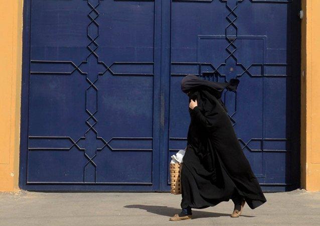 Le Maroc interdit la burqa : réactions partagées