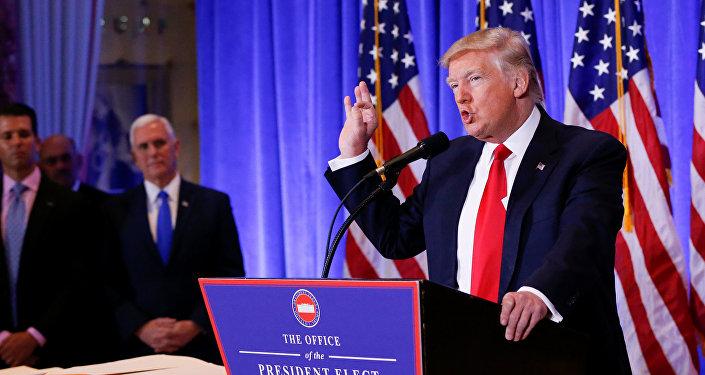 Le président élu Donald Trump et le vice-président élu Mike Pence