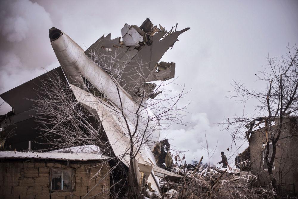Un avion-cargo turc Boeing 747-400 s'est écrasé lundi à 1,5 kilomètres de la piste d'atterrissage de l'aéroport international de Bichkek (Kirghizistan)
