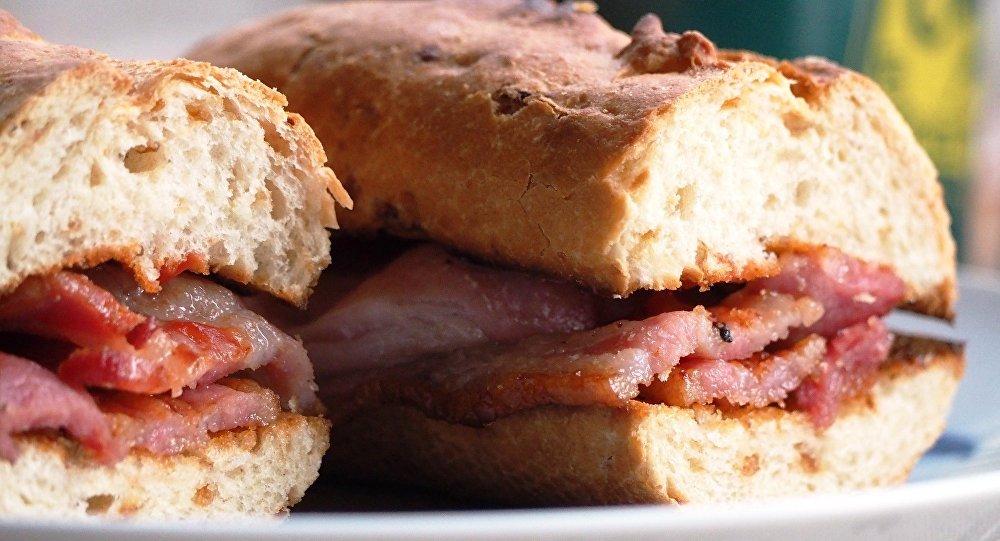 Un sandwich à bacon