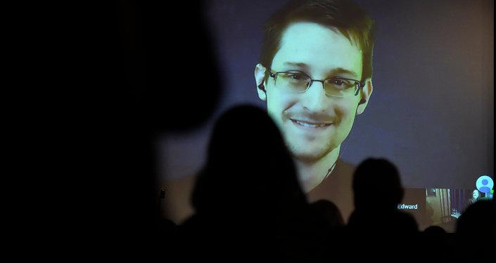 Le lanceur d'alerte américain Edward Snowden