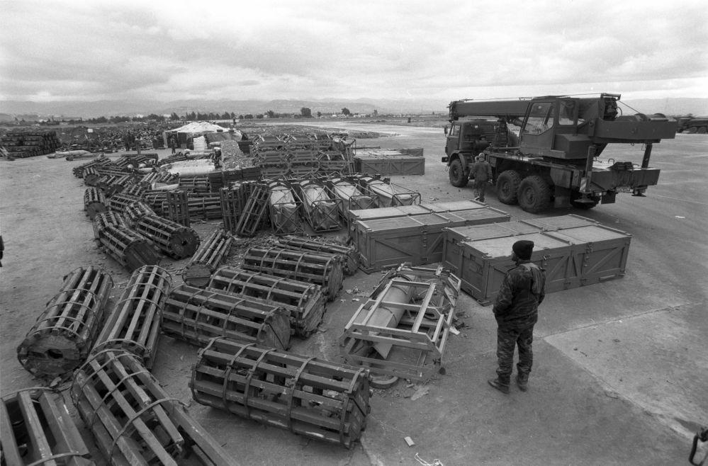 Des munitions sur la base aérienne de Hmeimim, le 4 janvier 2016