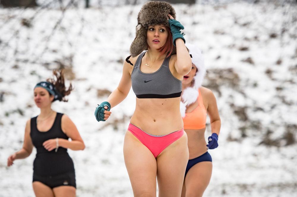 Une course en sous-vêtements à Belgrade