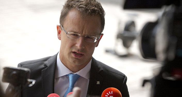Le ministre hongrois des Affaires étrangères Peter Szijjarto