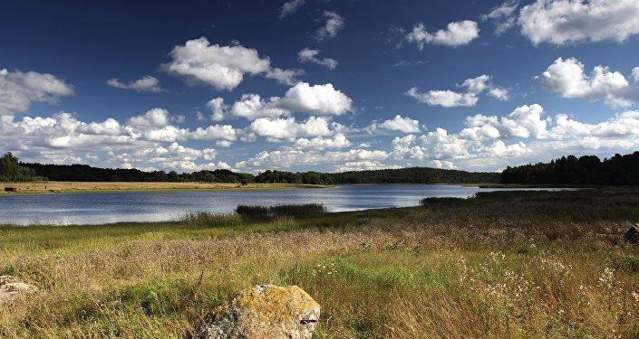 Le fleuve Vuoksi, à la frontière entre la Russie et la Finlande
