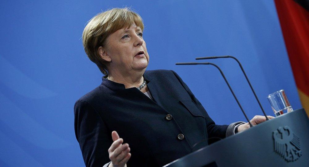 Schröder chez Rosneft: Merkel en colère