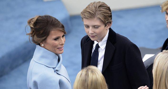 Donald Trump et Vladimir Poutine aborderont le conflit syrien par téléphone mardi