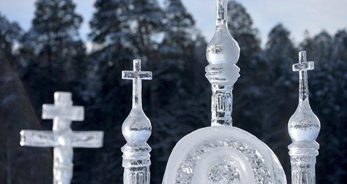 À Omsk, il neige des églises...