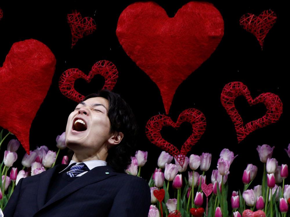 Dans le cadre de la «Journée de l'amour à sa femme», les Japonais disent publiquement à leurs épouses qu'ils les aiment