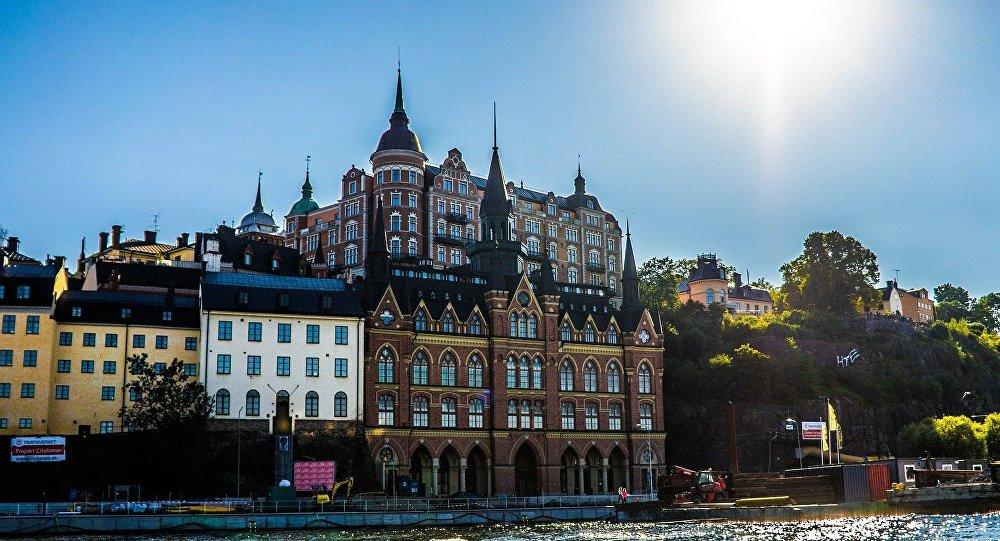 Remaniement ministériel forcé après un cyberscandale — Suède