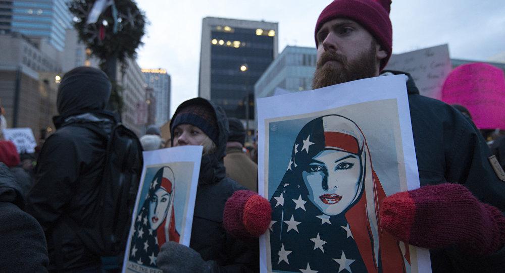 Expert: les anti-Trump ne disaient rien quand Obama bombardait les musulmans