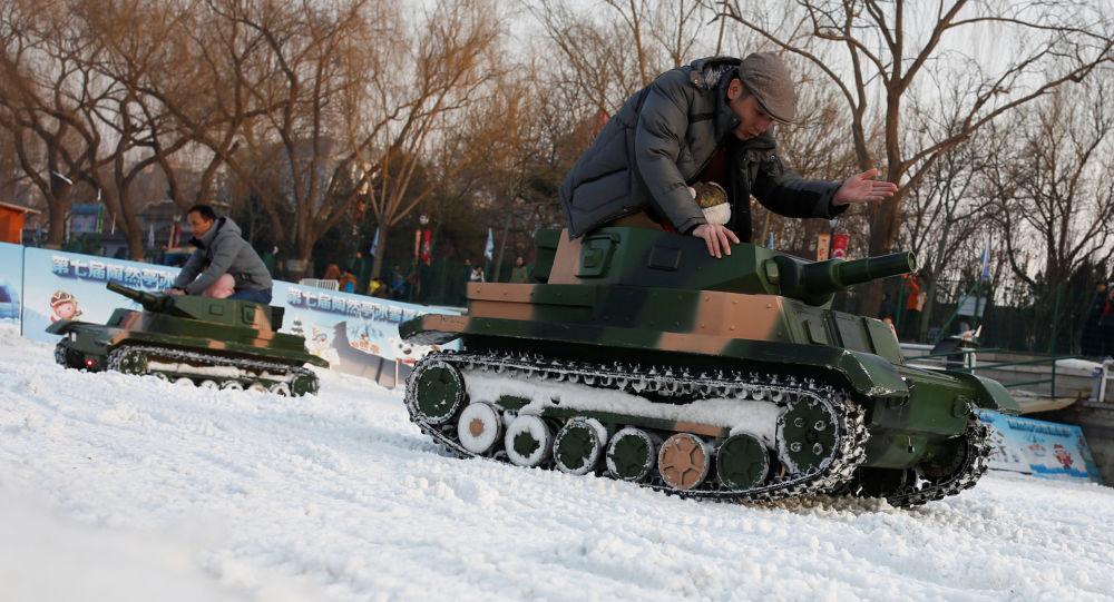 Des chars électroniques lors de la célébration du Nouvel an chinois à Pékin