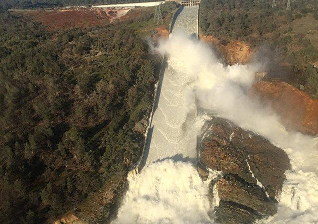 Situación en la presa de Oroville, EEUU