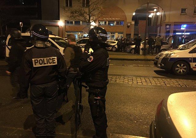Police lors des émeutes (image d'illustration)