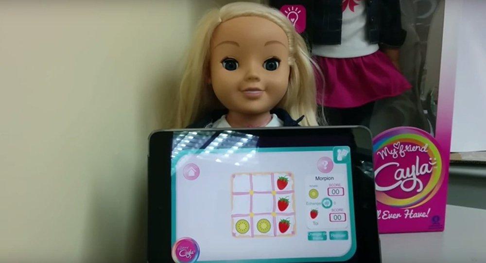 Allemagne: la poupée connectée Cayla accusée d'espionnage