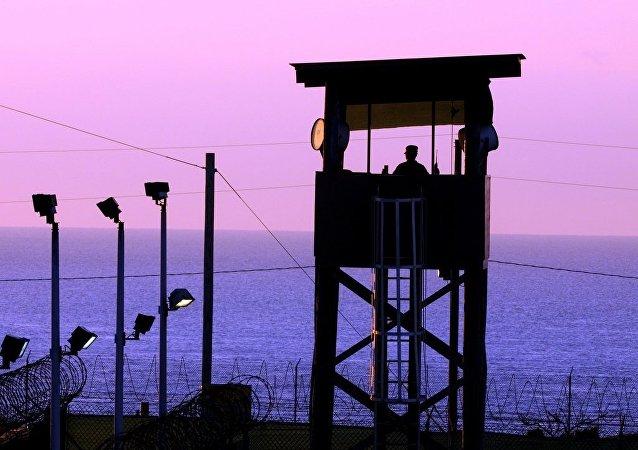 Un autre Anglais libéré de Guantanamo rejoint les terroristes en Syrie