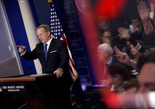 Le porte-parole de la Maison Blanche Sean Spicer