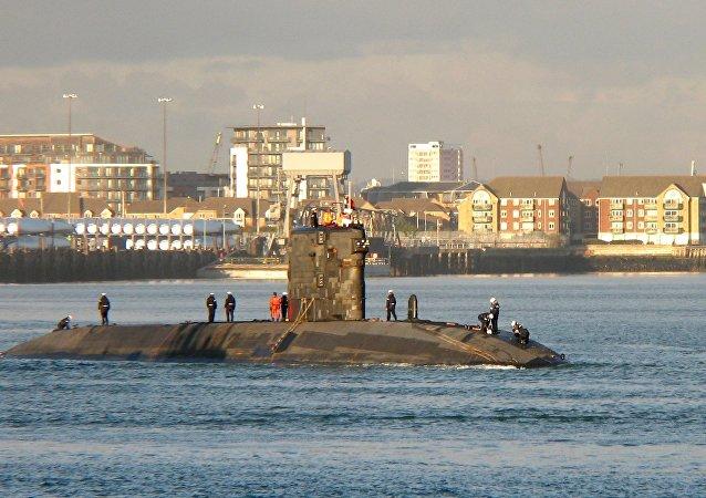 Des croquis d'un submersible nucléaire découverts dans une brocante au Pays de Galles
