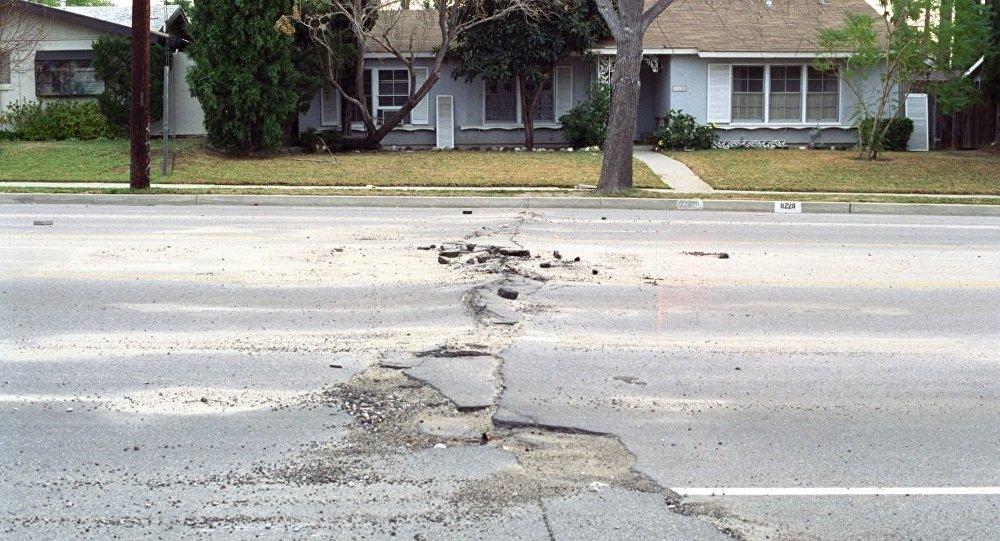 Le séisme de 1994 près de Los Angeles. Archive photo