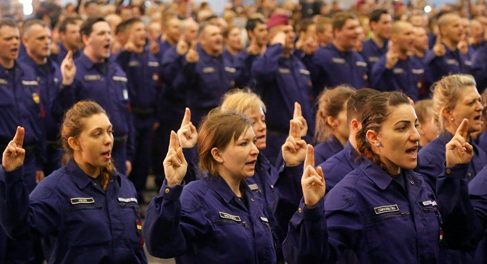 Un million d'Européens montent une armée populaire contre la crise migratoire
