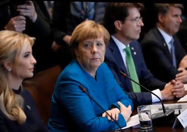 Un regard de Merkel décoché à Ivanka Trump
