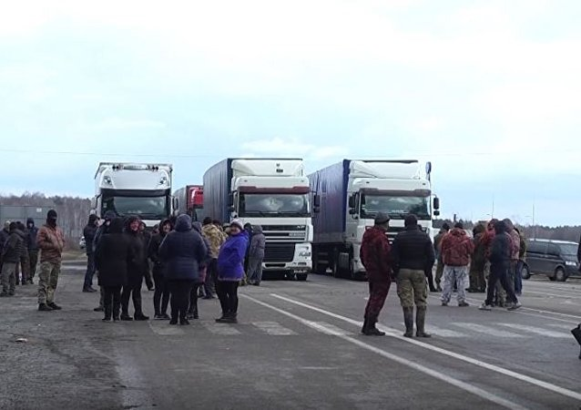 Une route reliant l'Ukraine à l'Europe bloquée… par des chercheurs d'ambre