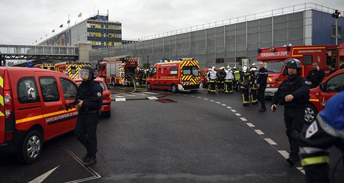 L'aéroport d'Orly-sud après l'attaque