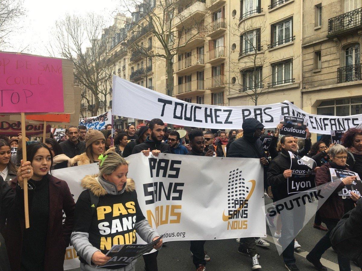 Marche contre les violences policières à Paris entre Nation et République (19 mars 2017)