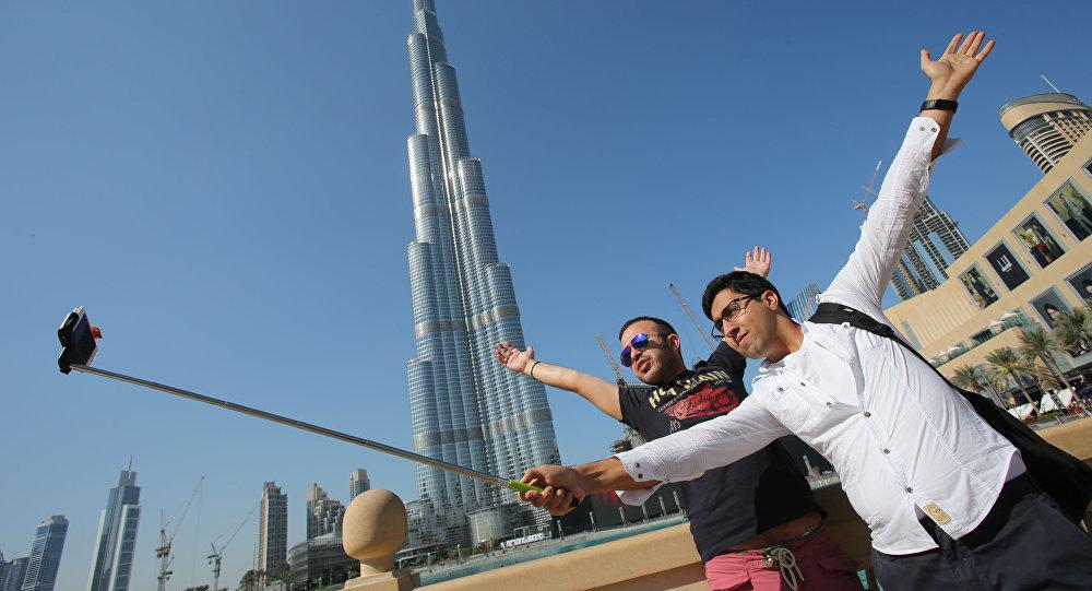 Emirats: le bonheur et la tolérance religieuse auront désormais leurs ministres