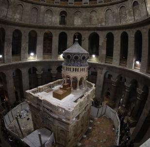 La restauration de l'Édicule de la tombe du Christ de l'église du Saint-Sépulcre en images