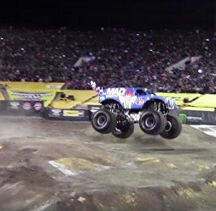 Un salto avant en monster truck