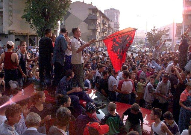 L'Armée de libération du Kosovo (UÇK)
