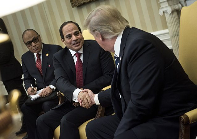 Donald Trump relance les relations avec le pouvoir égyptien