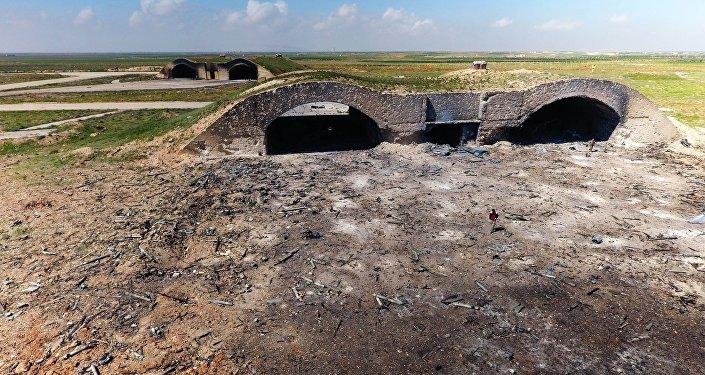 Conséquences des frappes aériennes US contre la base militaire Shayrat en Syrie