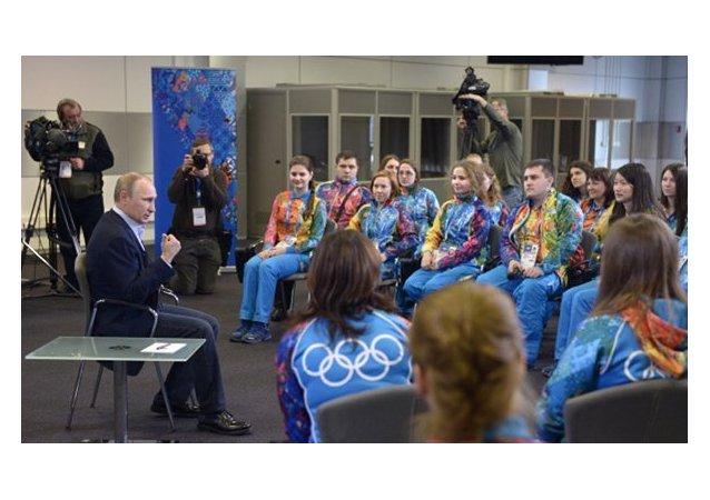 Poutine : les gays peuvent se sentir sereins en Russie