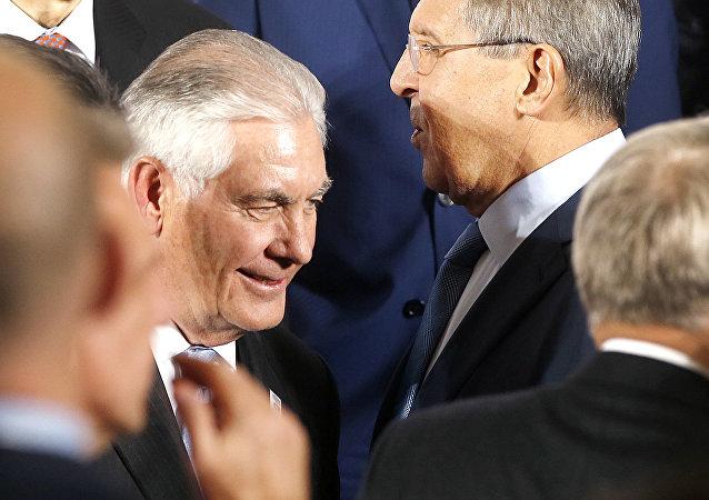 Rex Tillerson et Sergueï Lavrov