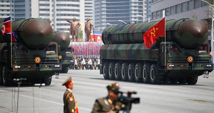 Défilé militaire du 15 avril 2017 à Pyongyang